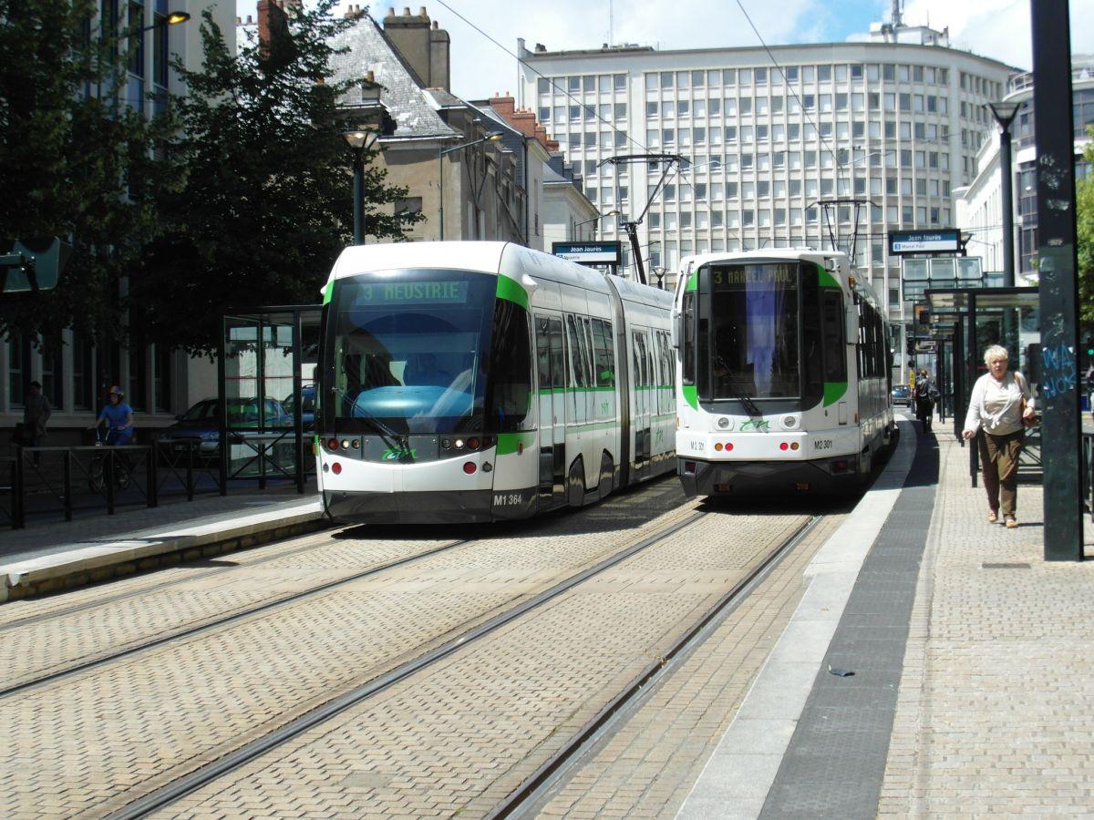 Tram in Nantes